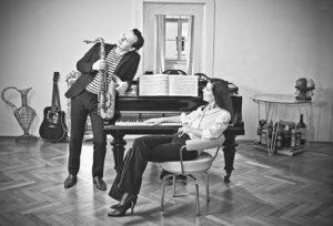 Couch Konzerte: NICOLE HEARTSEEKER & MULO FRANCEL: Forever Young @ Konzertstream